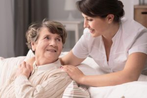 What long term care services does Medicare cover?
